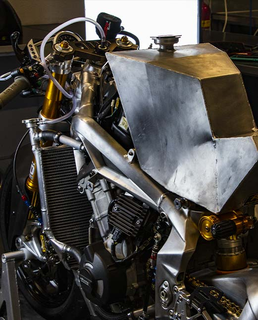 2B_Garage_racing_Art_daytona_765_moto_2-carbon_fiber-parti_speciali
