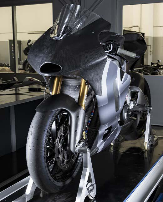 2B_Garage_racing_Art_daytona_765_moto_2-carbon_fiber_carene
